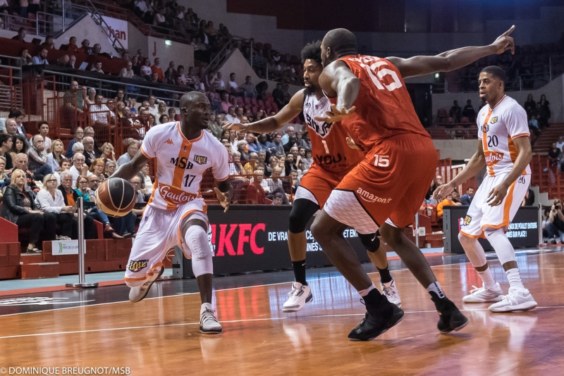 MSB-JL Bourg-en-Bresse (saison 2017-2018) DBC_LE_MANS_BOURG141017_42-5906-800-600-100