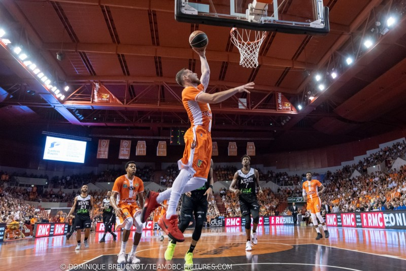 MSB-ASVEL (1/4 de finale des playoffs, match 3) DBC_PLO_MSB_ASVEL_36-6965-800-600-100