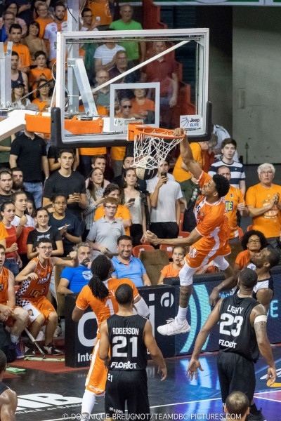 MSB-ASVEL (1/4 de finale des playoffs, match 3) DBC_PLO_MSB_ASVEL_61-6990-800-600-100