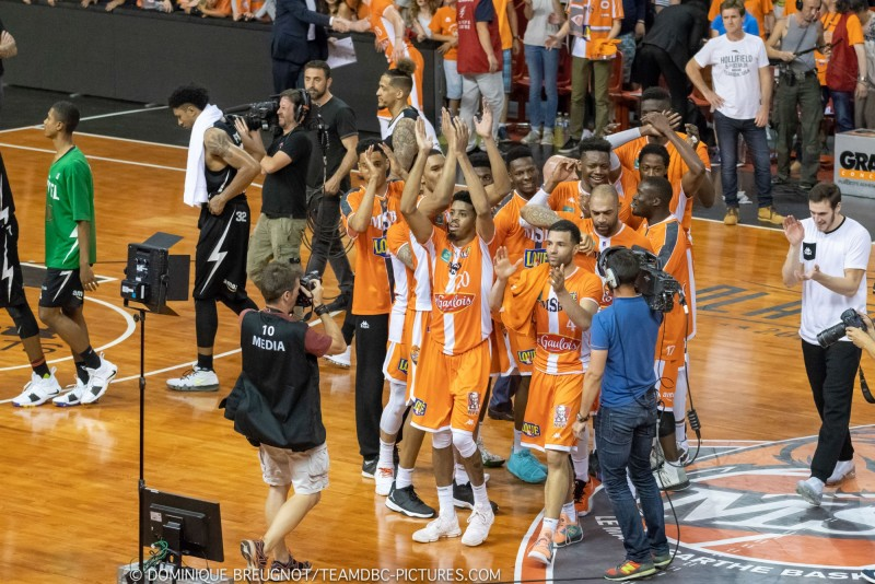 MSB-ASVEL (1/4 de finale des playoffs, match 3) DBC_PLO_MSB_ASVEL_67-6996-800-600-100